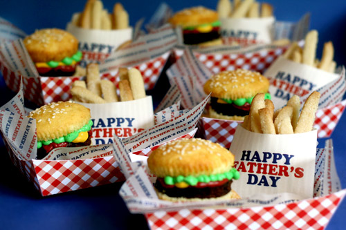 Father's Day Burger and Fries Cupcakes (Recipe)