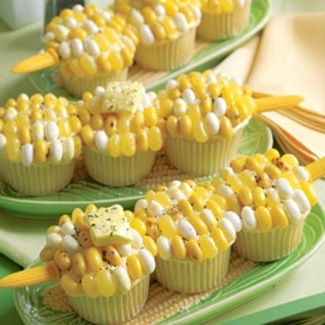 corn onthe cob jelly belly cupcake