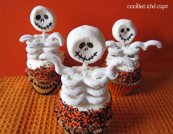 Marshmallow skeletons with white chocolate pretzel bodies