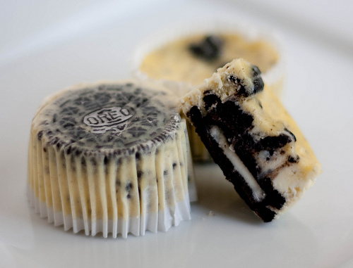 Oreo Cookie Cheesecake Cupcakes 2